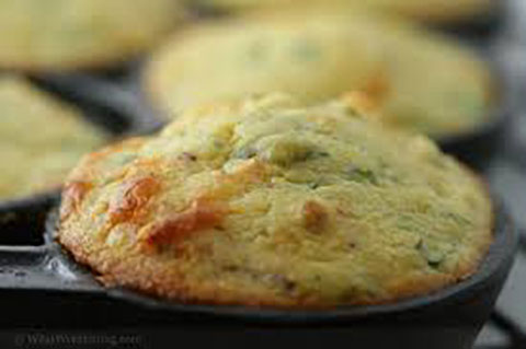 Cheddar Scallion Cornbread Muffins
